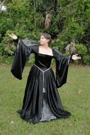 Tudor Gown Evil Black Witch