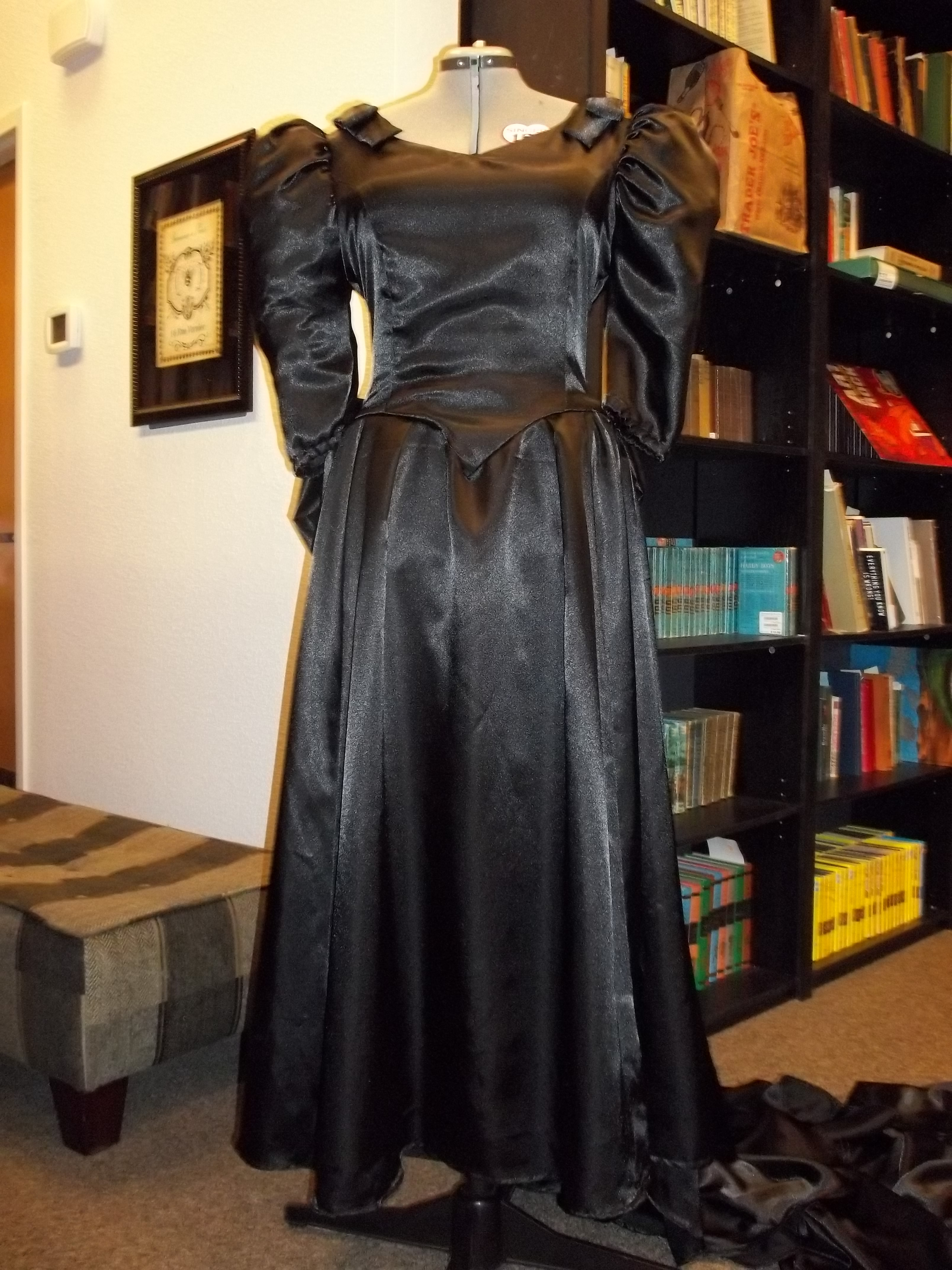 Time Travel Costumes Gothic Black Wedding Dress 1980s